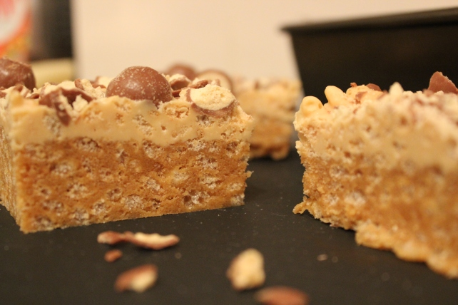 White Choc and PB Rice Crispy Treats 1 - The Black Cat Kitchen