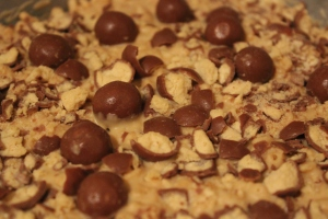 White Choc and PB Rice Crispy Treats 3 - The Black Cat Kitchen